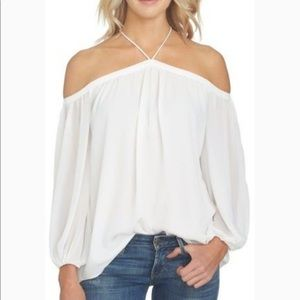 1. State white chiffon cold shoulder top